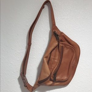 Vintage Camel Brown Leather Fanny Pack